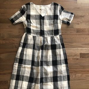 Dresses & Skirts - Piper & Scoot plaid dress in black check